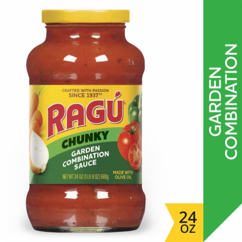 Ragu Chunky Garden Combination Pasta Sauce Perspective: front