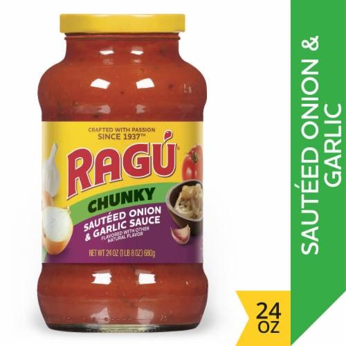 Ragu Chunky Sauteed Onion & Garlic Sauce Perspective: front