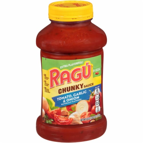 Ragu Chunky Tomato Garlic & Onion Pasta Sauce Perspective: front