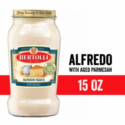 Bertolli Creamy Alfredo Sauce Perspective: front