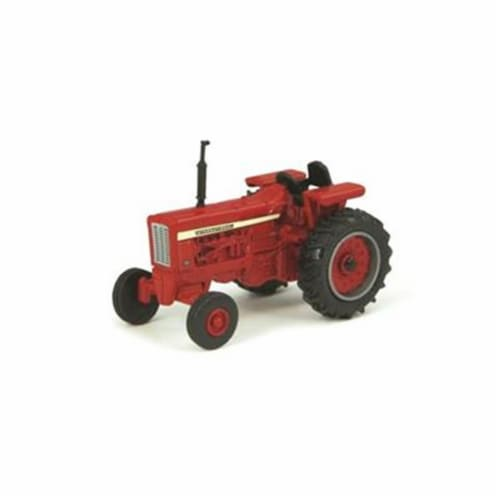 Tomy International 7446883 Case IH Vintage Tractor - Red Perspective: front