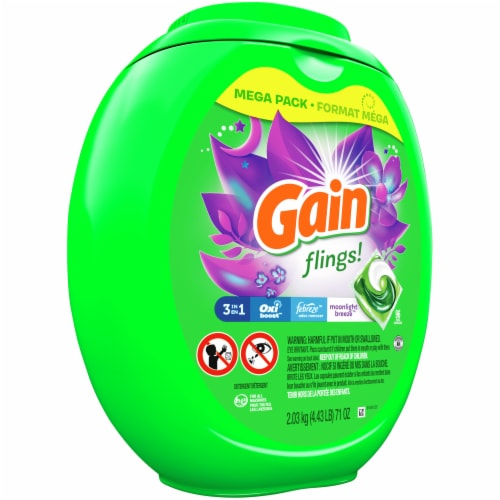 Gain Flings! Moonlight Breeze 3-in-1 Laundry Detergent Pacs Perspective: front