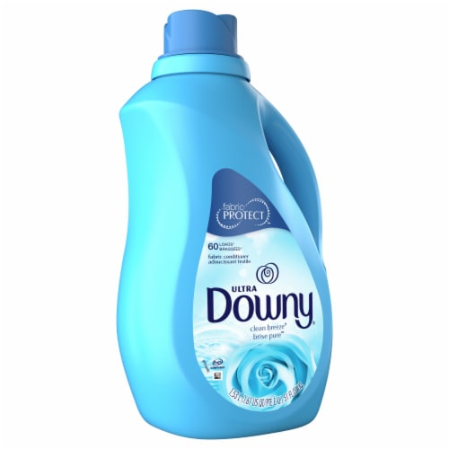 Downy Ultra Clean Breeze Liquid Fabric Softener Perspective: front
