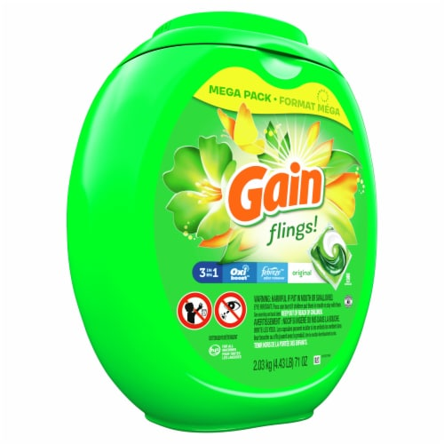 Gain flings! Original + Aroma Boost 3-in-1 Liquid Laundry Pods Perspective: front