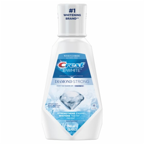 Crest 3D White Diamond Strong Alcohol Free Fluoride Whitening Mouthwash Wintermint Perspective: front