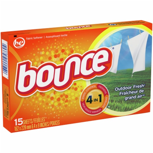 Bounce® Outdoor Fresh Dryer Sheets Perspective: front