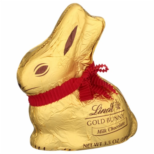 Lindt Milk Chocolate Gold Bunny Perspective: front