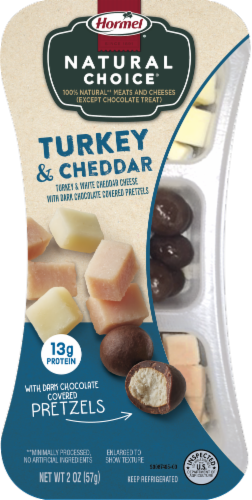 Hormel Natural Choice Smoked Turkey With Mild White Chedder & Chocolate Pretzels Perspective: front