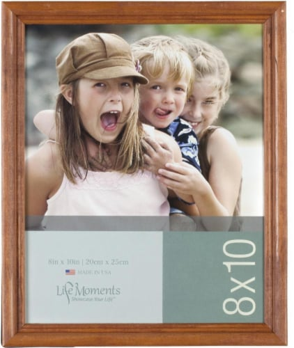 Pinnacle Life Moments Picture Frame - Natural Wood Perspective: front