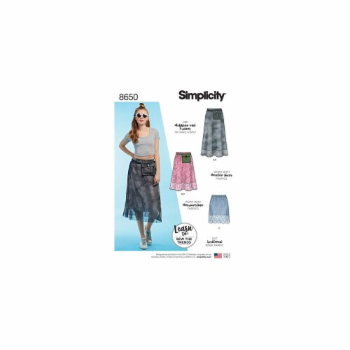 Simplicity Patterns US8650A Misses Pull-on Skirt & Belt Bag Pattern Perspective: front