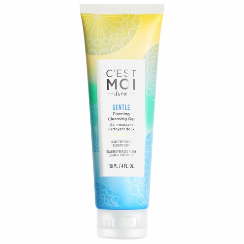 C'est Moi Gentle Foaming Cleansing Gel Perspective: front