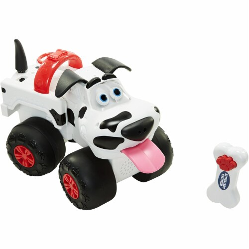 Street Dogs Bumper Remote Control Truck/Dog Perspective: front