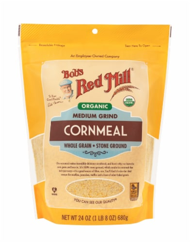 Bob's Red Mill Organic Medium Grind Cornmeal Perspective: front