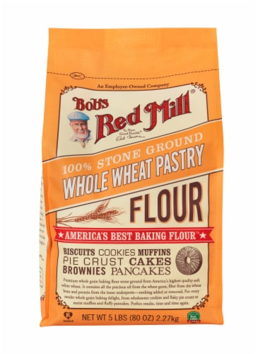 Bob's Red Mill Whole Wheat Pastry Flour Perspective: front