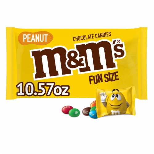 M&M's® Fun Size Peanut Chocolate Candy Bag Perspective: front