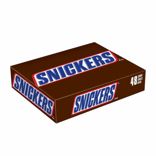 Snickers Singles Candy Bar Box Perspective: front