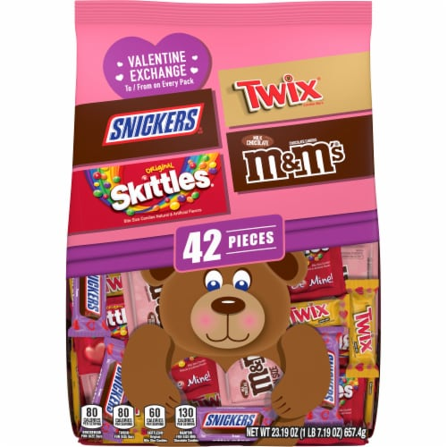 M&M'S SNICKERS SKITTLES TWIX Valentine Class Exchange Assorted Valentines Candy Perspective: front