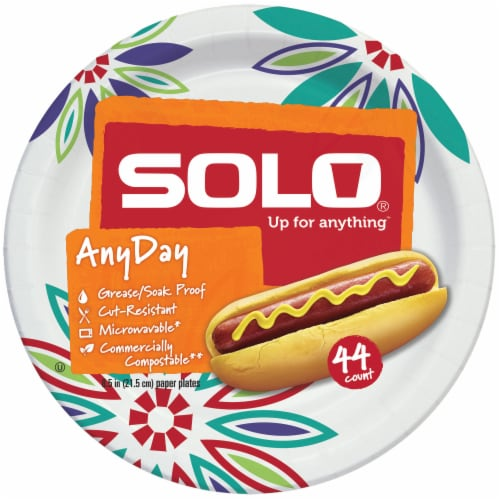 Solo Heavy Duty 8.5-Inch Paper Plates Perspective: front