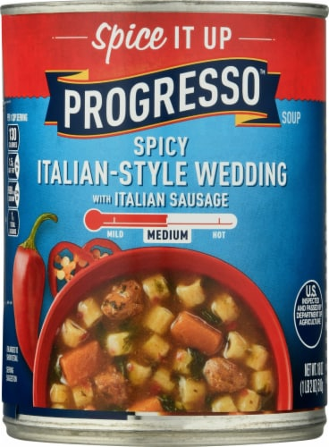 Progresso Spicy Italian Style Wedding Soup with Italian Sausage Perspective: front