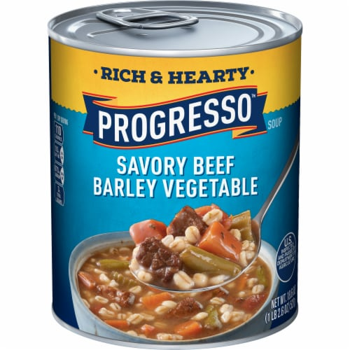 Progresso Rich & Hearty Savory Beef Barley Vegetable Soup Perspective: front