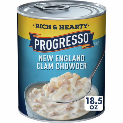 Progresso Rich & Hearty New England Clam Chowder Soup Perspective: front