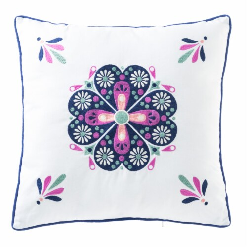 HD Designs Outdoors® Medallion Pillow Perspective: front