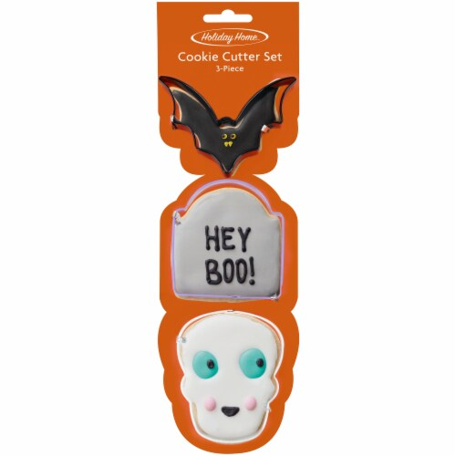 Holiday Home™ Bat Cookie Cutter Set Perspective: front