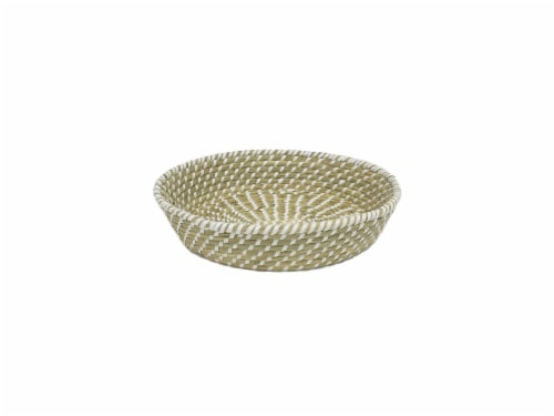 HD Designs® Grass Basket Tray Perspective: front