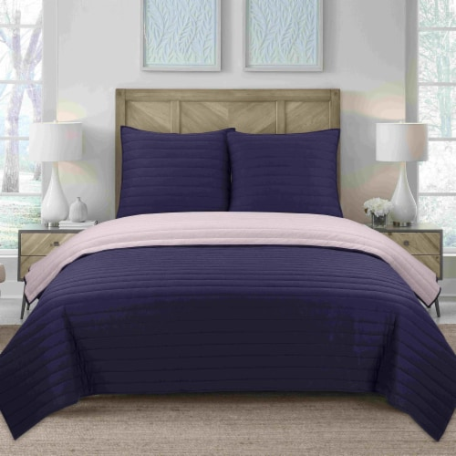 Everyday Living Jersey Knit Quilt Set - Blue Perspective: front