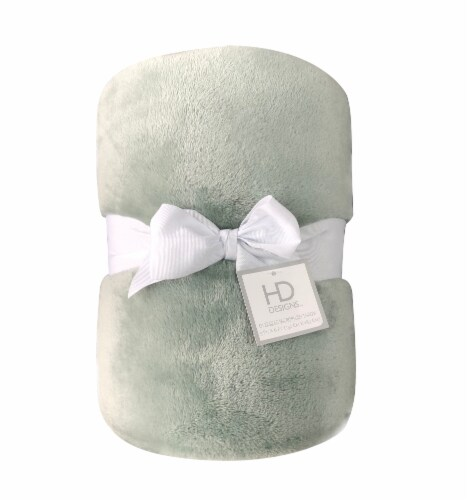 HD Designs™ Oversized Microplush Throw Perspective: front