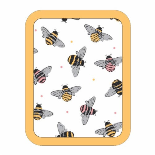 Everyday Living Bees Print Potholder - Yellow/White Perspective: front
