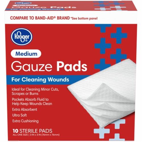 Kroger® Medium Gauze Pads Perspective: front