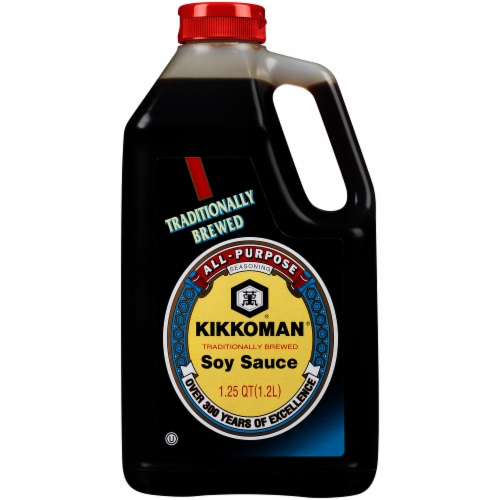 Kikkoman Traditionally Brewed Soy Sauce Perspective: front