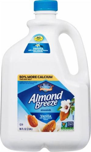 Blue Diamond Almond Breeze Vanilla Almondmilk Perspective: front