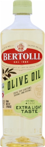 Bertolli Extra Light Olive Oil Perspective: front