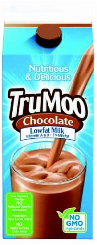 TruMoo 1% Lowfat Chocolate Milk Perspective: front
