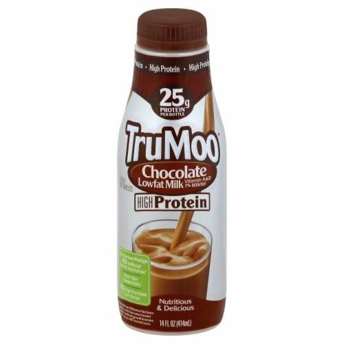 TruMoo Hugh Protein Lowfat Chocolate Milk Perspective: front