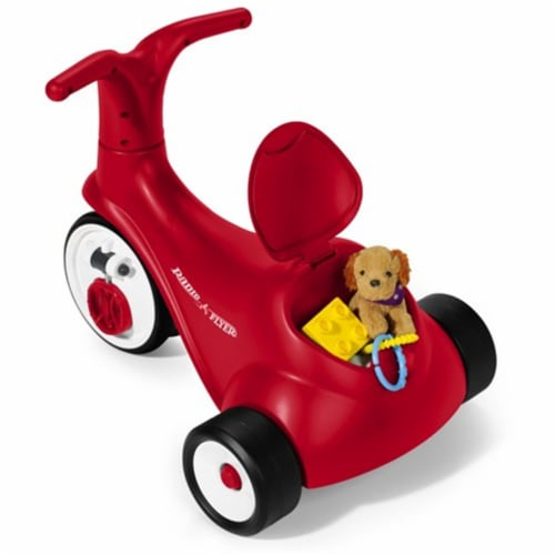 Radio Flyer Scoot 2 Pedal Perspective: front