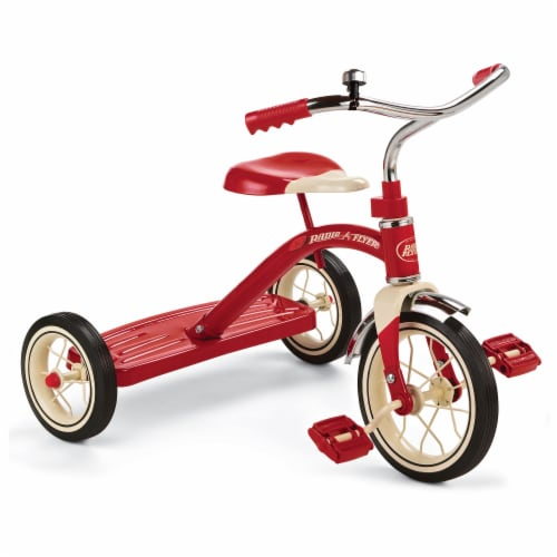 Radio Flyer 34B Classic Kids Tricycle Trike - Red Perspective: front