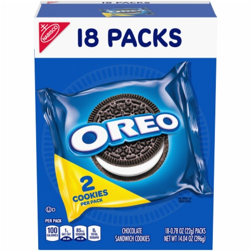 Oreo Chocolate Sandwich Cookies Perspective: front