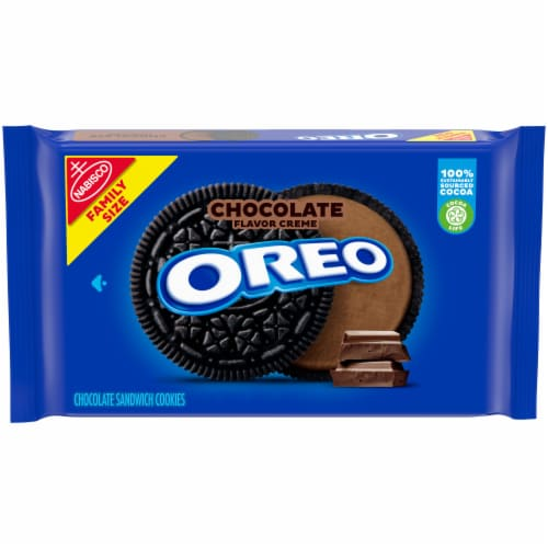 Oreo Chocolate Creme Chocolate Sandwich Cookies Family Size Perspective: front
