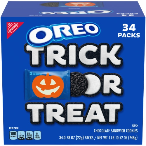 Oreo Boo! Chocolate Sandwich Cookies Perspective: front