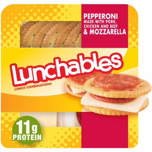 Lunchables Pepperoni & Cheese Cracker Stackers Perspective: front