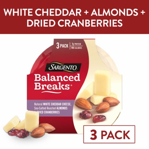 Sargento Balanced Breaks White Cheddar Cheese Almonds & Cranberries Snacks Perspective: front