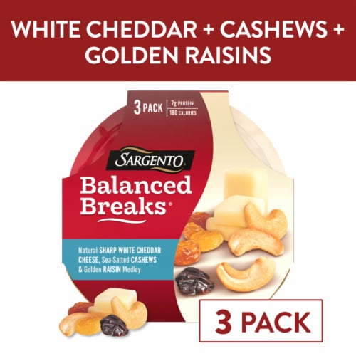 Sargento Balanced Breaks Sharp White Cheddar Cashews & Raisins Snack Packs Perspective: front