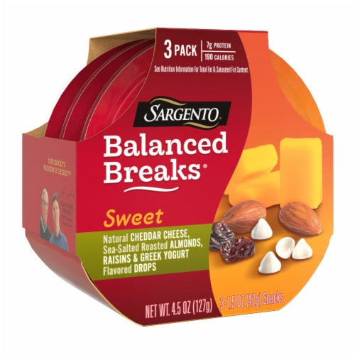 Sargento Sweet Balanced Breaks Cheddar Cheese Almonds Raisins & Greek Yogurt Drops 3 Count Perspective: front