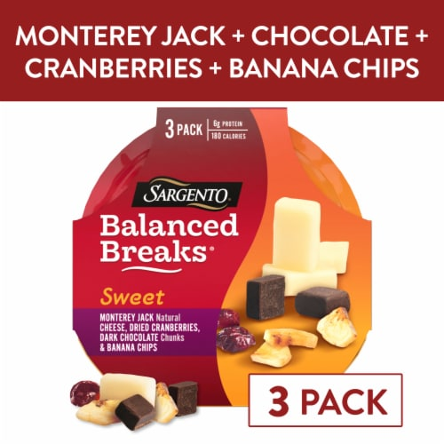 Sargento Balanced Breaks Monterey Jack Cranberries Dark Chocolate & Banana Chips Snack Pack Perspective: front