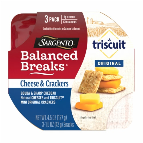 Sargento Balanced Breaks Gouda and Sharp Cheddar Cheese with Mini Triscuit Crackers Snack Packs Perspective: front