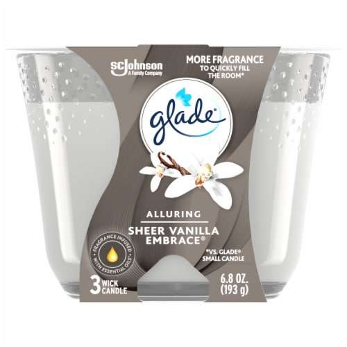Glade Alluring Sheer Vanilla Embrace 3 Wick Scented Candle Perspective: front