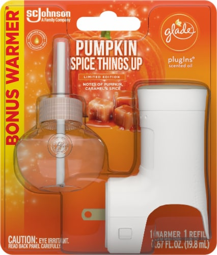 Glade PlugIns Limited Edition Pumpkin Spice Things Up Warmer & Refill Perspective: front